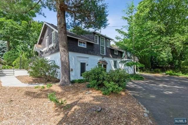 90 Vreeland Avenue, Midland Park, NJ 07432 (MLS #21037744) :: The Dekanski Home Selling Team