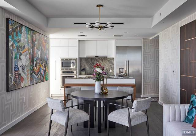 320 Adolphus Avenue #605, Cliffside Park, NJ 07010 (MLS #21037773) :: Team Braconi | Christie's International Real Estate | Northern New Jersey