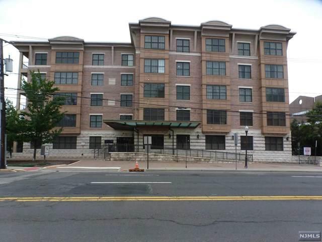 54 Polifly Road #407, Hackensack, NJ 07601 (MLS #21037792) :: Team Braconi   Christie's International Real Estate   Northern New Jersey
