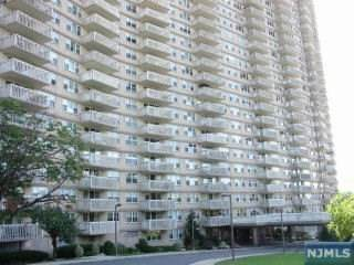 555 North Avenue 25L, Fort Lee, NJ 07024 (MLS #21037794) :: Team Braconi | Christie's International Real Estate | Northern New Jersey