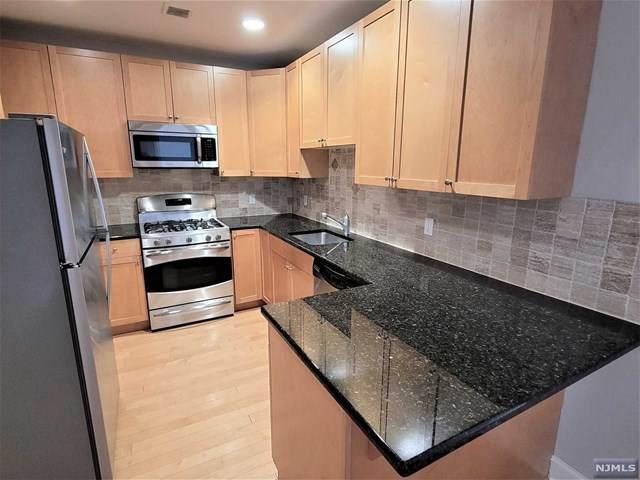 54 Polifly Road #211, Hackensack, NJ 07601 (MLS #21037904) :: Team Braconi   Christie's International Real Estate   Northern New Jersey