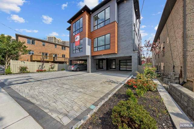 700A Palisade Avenue, Cliffside Park, NJ 07010 (MLS #21037916) :: Team Braconi | Christie's International Real Estate | Northern New Jersey