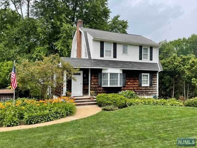 875 Spring Valley Road, Maywood, NJ 07607 (#21037934) :: United Real Estate