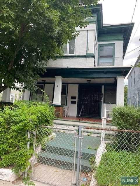 6-8 Baldwin Avenue, Newark, NJ 07108 (MLS #21037960) :: Kiliszek Real Estate Experts