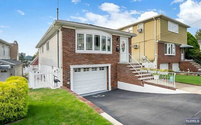 37 Hillside Avenue, Kearny, NJ 07032 (MLS #21038025) :: Pina Nazario