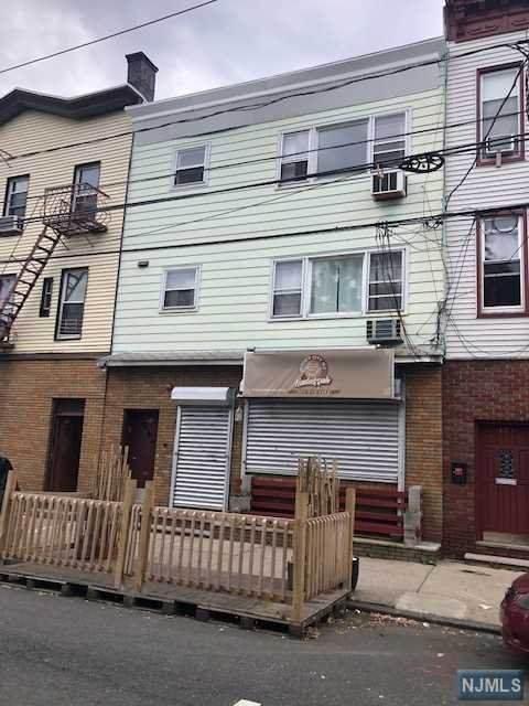 121 Franklin Street, Jersey City, NJ 07307 (MLS #21038088) :: Kiliszek Real Estate Experts