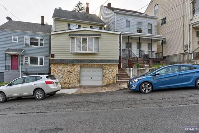 52 Westervelt Avenue - Photo 1