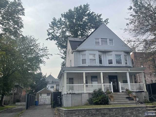 11 Watson Avenue, East Orange, NJ 07018 (MLS #21038503) :: Corcoran Baer & McIntosh