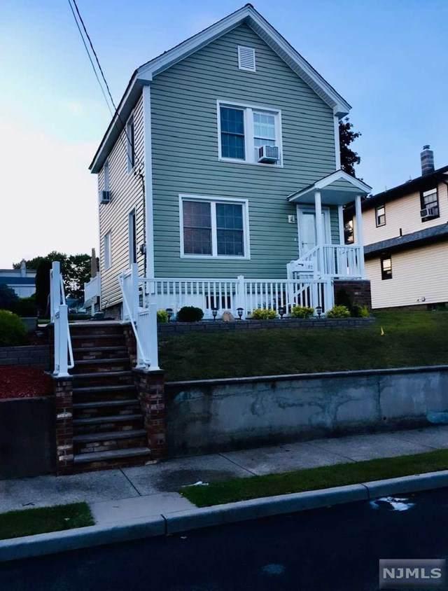 107 Grant Avenue - Photo 1