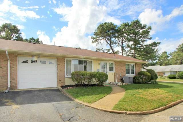 25A Gramercy Lane, Manchester, NJ 08759 (#21038612) :: United Real Estate