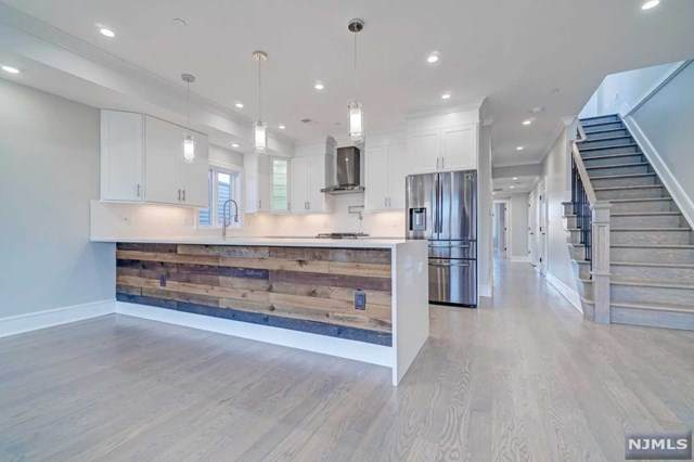 48 Graham Street #2, Jersey City, NJ 07307 (#21038629) :: United Real Estate