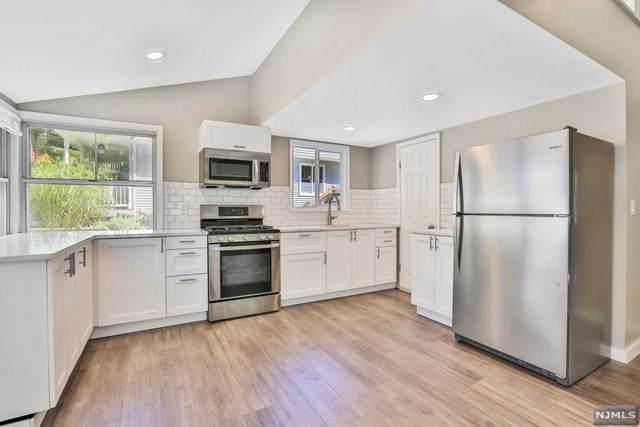 5 Rockwood Trail, Kinnelon Borough, NJ 07405 (#21038949) :: United Real Estate