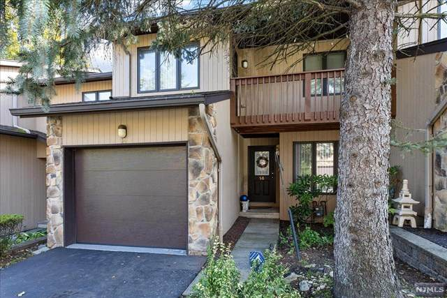 14 Woodland Drive, Woodland Park, NJ 07424 (MLS #21038999) :: Kiliszek Real Estate Experts