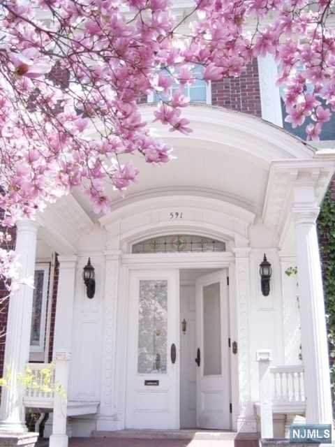 589-591 Clifton Avenue - Photo 1