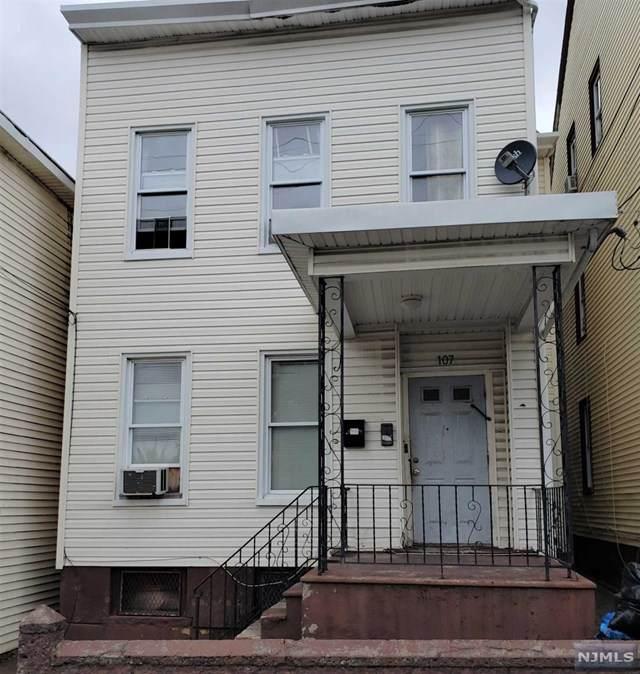 107 Warren Street - Photo 1