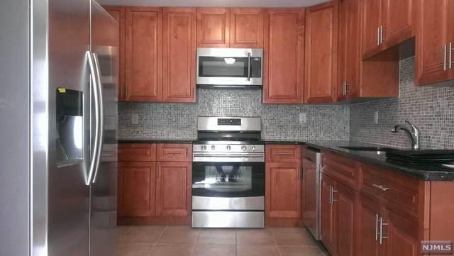 626 Bergen Boulevard, Ridgefield, NJ 07657 (MLS #21039488) :: Corcoran Baer & McIntosh