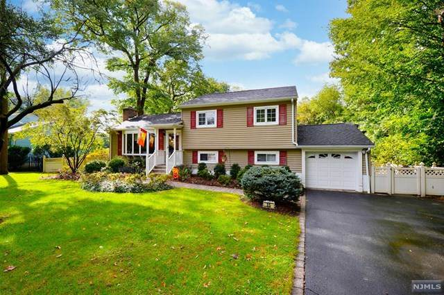 35 Mary Lane, Waldwick, NJ 07463 (MLS #21039633) :: Corcoran Baer & McIntosh