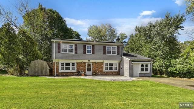33 Thackeray Road, Oakland, NJ 07436 (MLS #21039644) :: Kiliszek Real Estate Experts