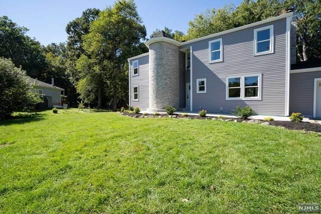 22 Whitaker Place, West Caldwell, NJ 07006 (#21039732) :: NJJoe Group at Keller Williams Park Views Realty