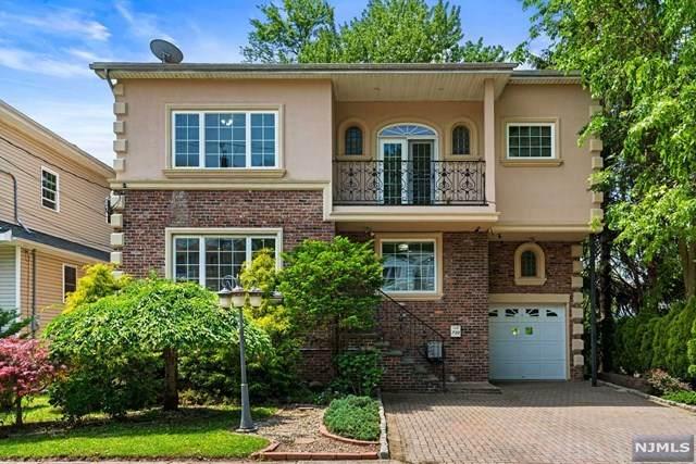 730 Hamilton Avenue, Ridgefield, NJ 07657 (MLS #21040070) :: Corcoran Baer & McIntosh