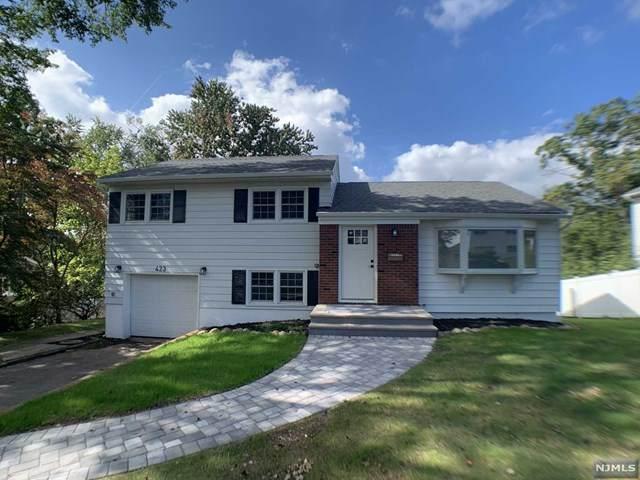 423 Crest Drive, Northvale, NJ 07647 (MLS #21040468) :: Kiliszek Real Estate Experts