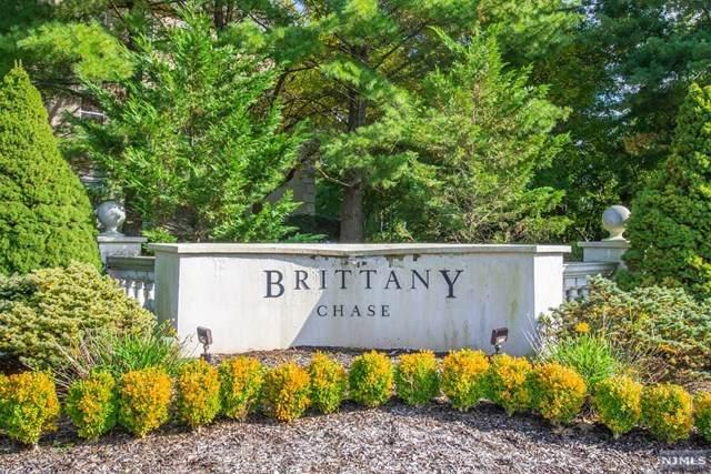 424 Brittany Drive - Photo 1