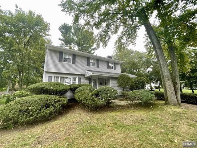 736 Oradell Avenue, Oradell, NJ 07649 (MLS #21040524) :: Kiliszek Real Estate Experts