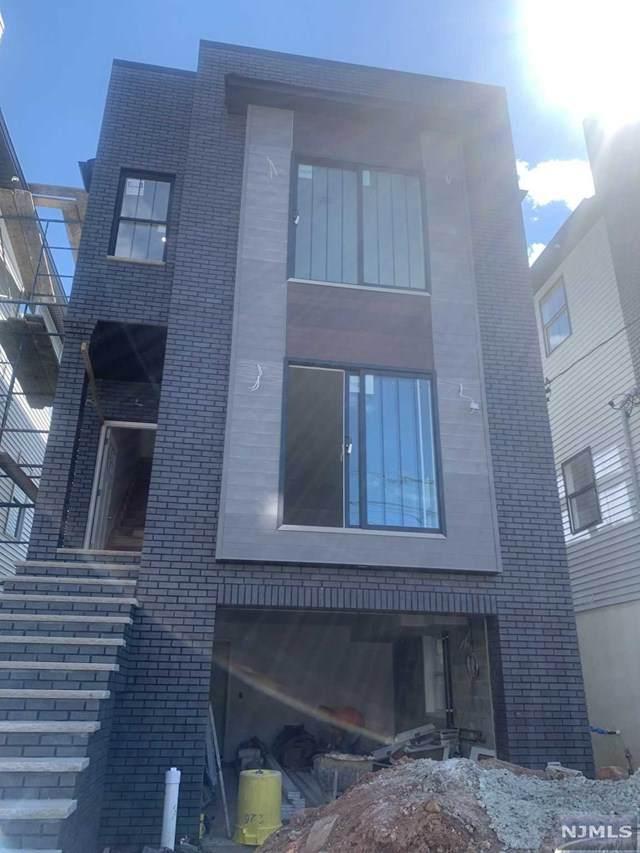 231 Cleveland Avenue, Harrison, NJ 07029 (MLS #21040595) :: Kiliszek Real Estate Experts