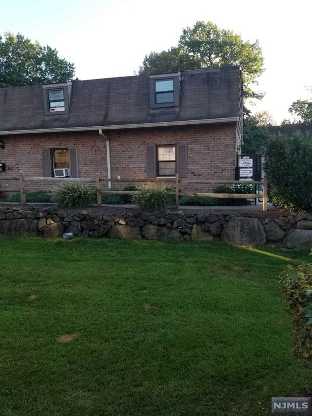 181 Long Hill Road R-2, Little Falls, NJ 07424 (#21040652) :: NJJoe Group at Keller Williams Park Views Realty