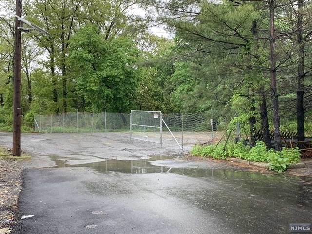 4 5th Street, Englewood Cliffs, NJ 07632 (MLS #21040716) :: The Dekanski Home Selling Team