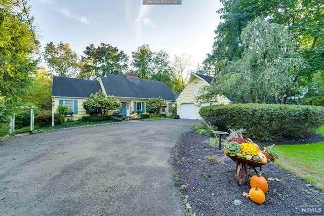 14 Hillside Avenue, Upper Saddle River, NJ 07458 (MLS #21040755) :: Team Braconi | Christie's International Real Estate | Northern New Jersey