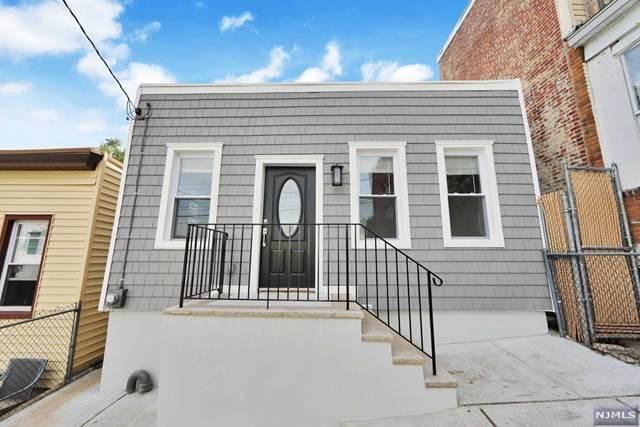 188 Cottage Lane, Cliffside Park, NJ 07010 (MLS #21040791) :: Kiliszek Real Estate Experts