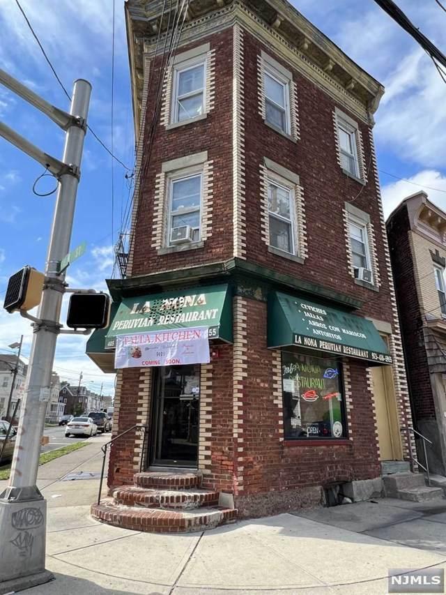 405 Lexington Avenue - Photo 1