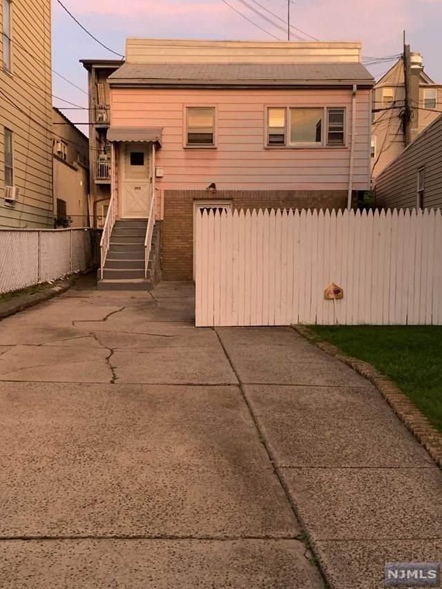 300 Maple Street, Kearny, NJ 07032 (MLS #21040858) :: Team Braconi | Christie's International Real Estate | Northern New Jersey