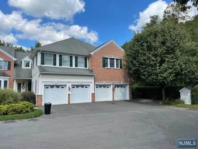 107 Fieldstone Terrace, Wyckoff, NJ 07481 (#21040929) :: NJJoe Group at Keller Williams Park Views Realty