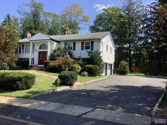 658 Yorktown Place, Paramus, NJ 07652 (MLS #21040941) :: Team Braconi | Christie's International Real Estate | Northern New Jersey