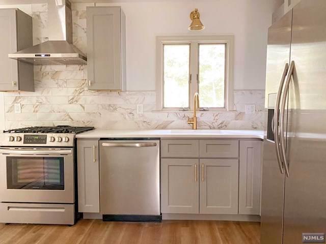 217 Overlook Place, Mahwah, NJ 07430 (MLS #21041027) :: Kiliszek Real Estate Experts