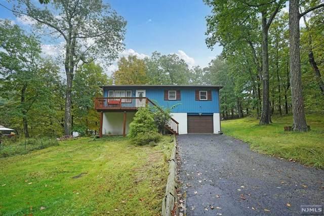 2 Foulton Terrace, Vernon, NJ 07461 (#21041032) :: NJJoe Group at Keller Williams Park Views Realty