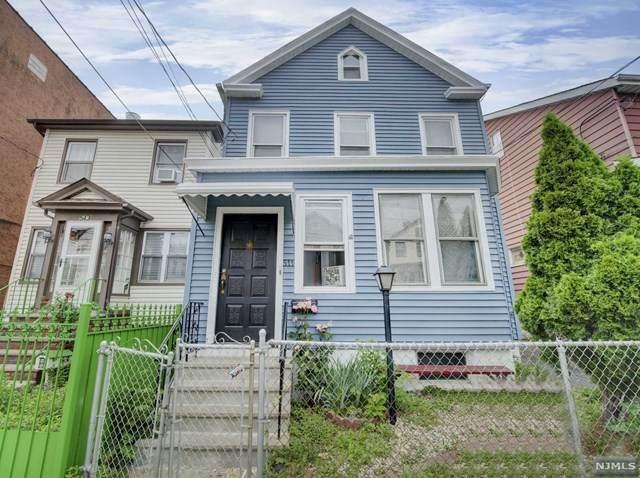 511 Jackson Avenue, Elizabeth, NJ 07201 (MLS #21041039) :: Kiliszek Real Estate Experts
