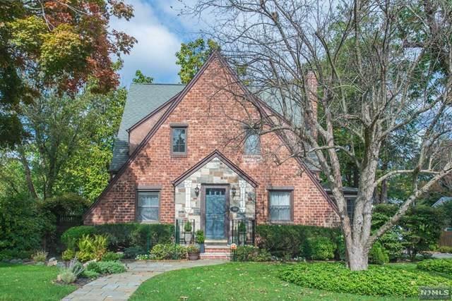 44 E Reid Place, Verona, NJ 07044 (MLS #21041131) :: Kiliszek Real Estate Experts
