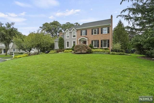 6 Rogers Court, Midland Park, NJ 07432 (MLS #21041243) :: The Dekanski Home Selling Team