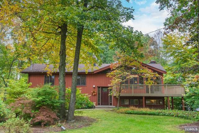 108 Gould Road, West Milford, NJ 07435 (MLS #21041270) :: Team Braconi   Christie's International Real Estate   Northern New Jersey