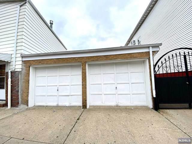 110 Mcwhorter Street, Newark, NJ 07105 (MLS #21041277) :: The Sikora Group