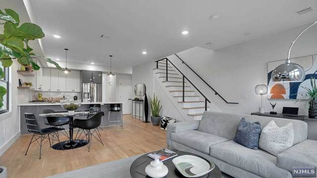 109 Poplar Street #2, Jersey City, NJ 07307 (MLS #21041306) :: Team Braconi   Christie's International Real Estate   Northern New Jersey