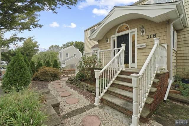 318 E Midland Avenue, Paramus, NJ 07652 (#21041333) :: NJJoe Group at Keller Williams Park Views Realty