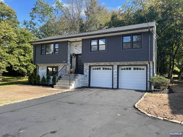 339 Ridge Road, Cedar Grove, NJ 07009 (#21041381) :: NJJoe Group at Keller Williams Park Views Realty