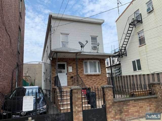 171 Lafayette Street, Newark, NJ 07105 (MLS #21041386) :: The Sikora Group