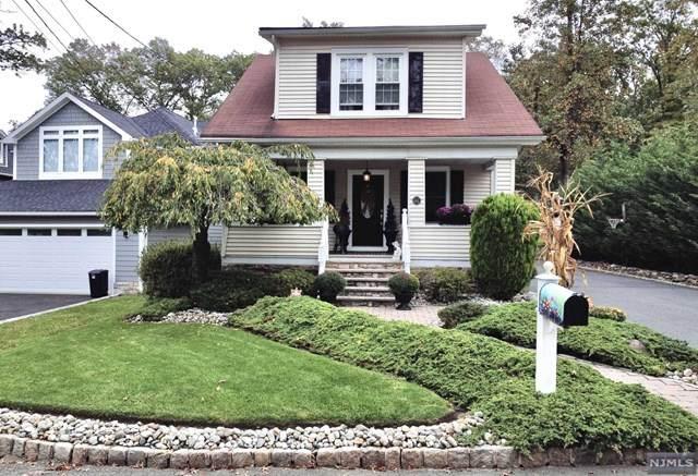 15 Forest Street, Livingston, NJ 07039 (#21041418) :: NJJoe Group at Keller Williams Park Views Realty