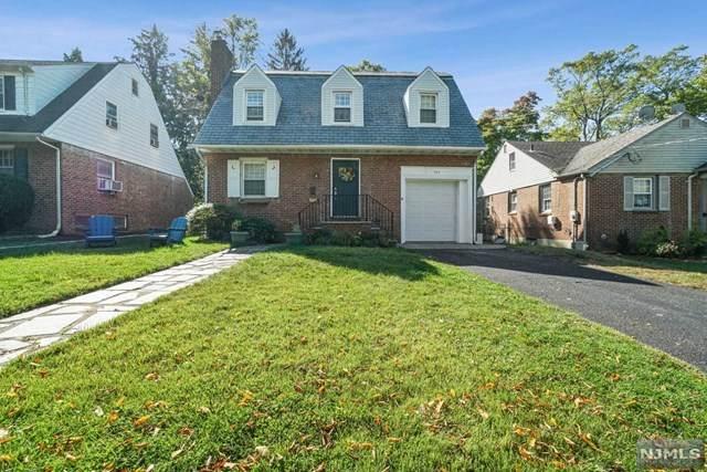 710 Ramapo Road, Teaneck, NJ 07666 (#21041467) :: NJJoe Group at Keller Williams Park Views Realty
