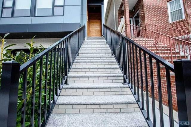 Jersey City, NJ 07307 :: Team Braconi   Christie's International Real Estate   Northern New Jersey